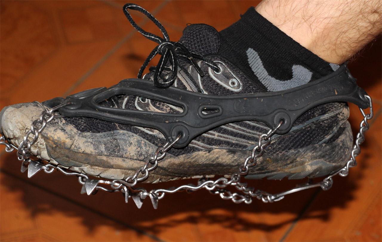 Obuté na Merrell Trail glove 3