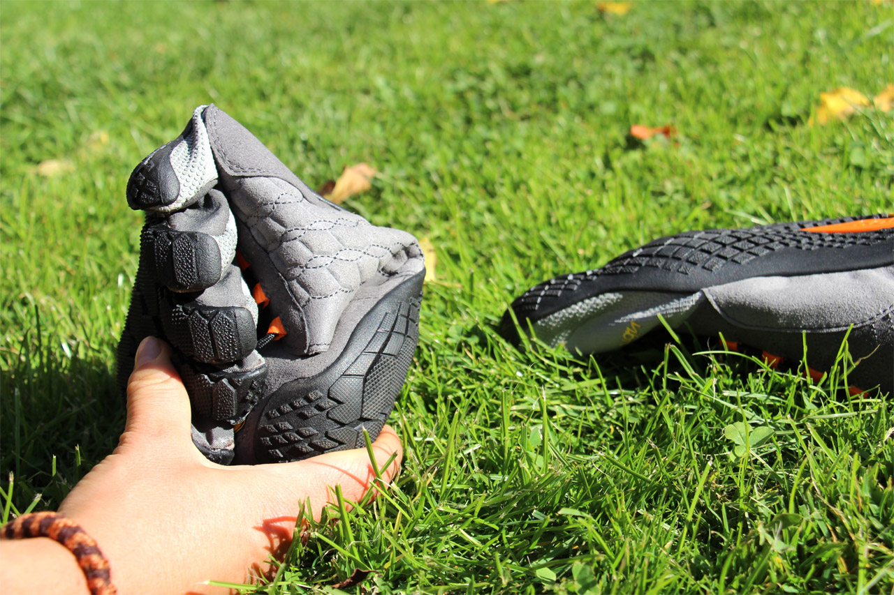 Vibram Fivefingers Trek Ascent - ohybnosť topánok