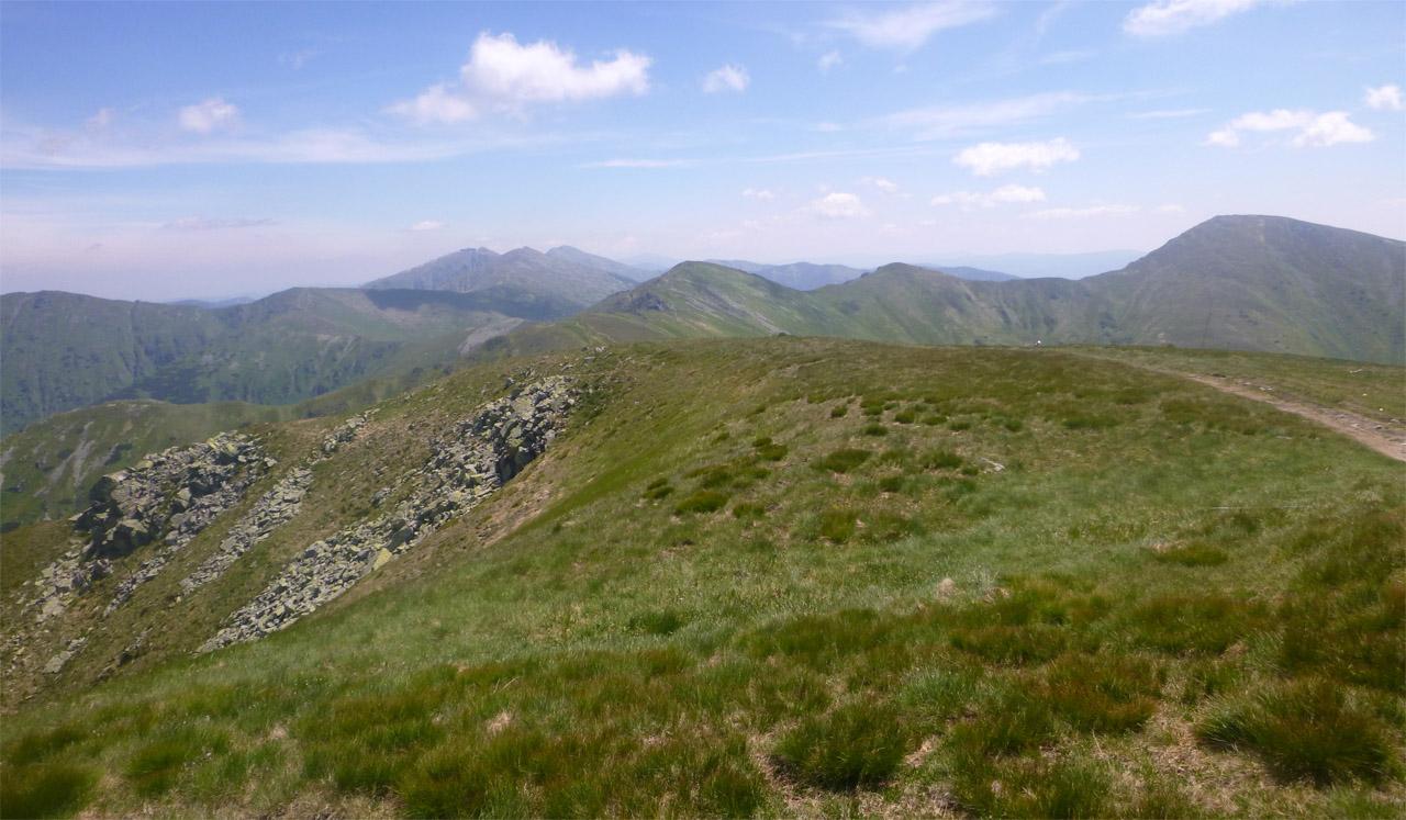 Nonstop beh hrebeňom Nízkych Tatier - pohľad na hrebeň