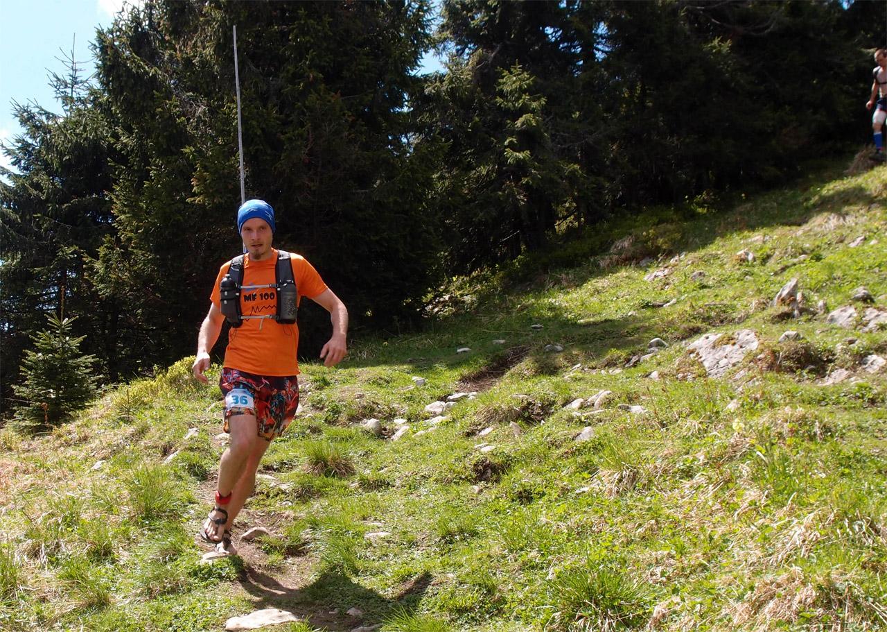 Ferrino X-track vest - pod Suchým vrchom