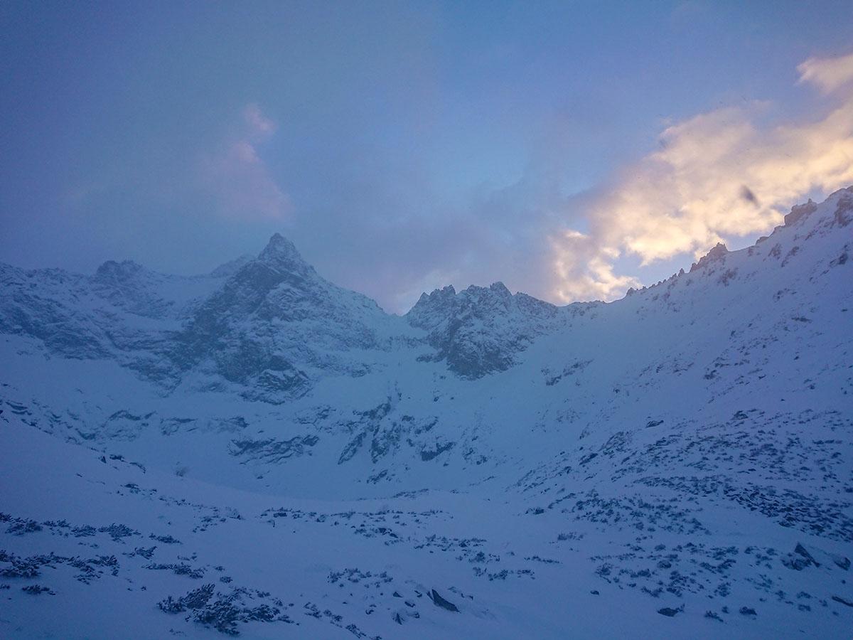 Veľký Mlynárov žľab zimné lezenie vo Vysokých Tatrách zostup žabou dolinkou