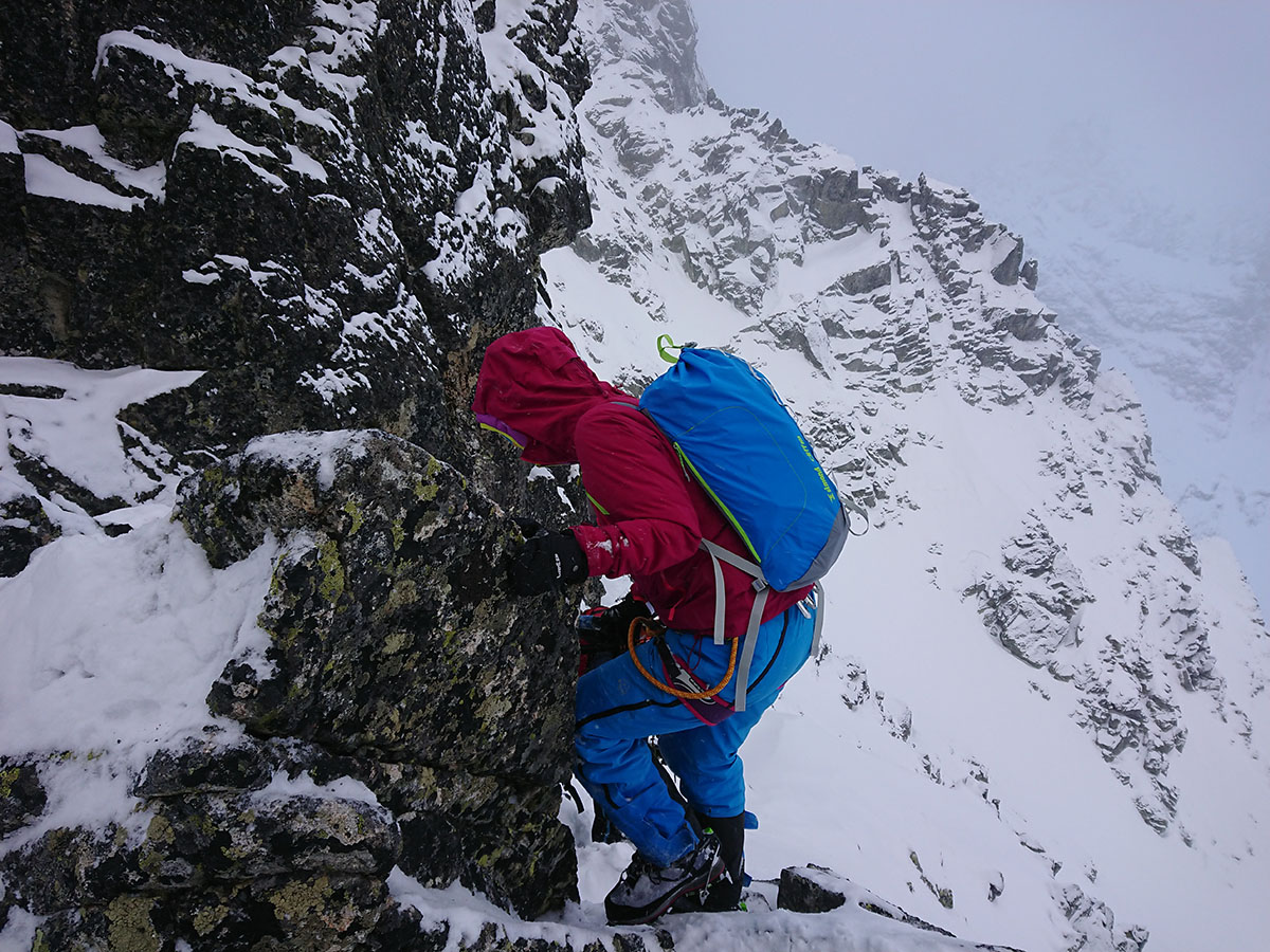 Veľký Mlynárov žľab zimné lezenie vo Vysokých Tatrách, zostup