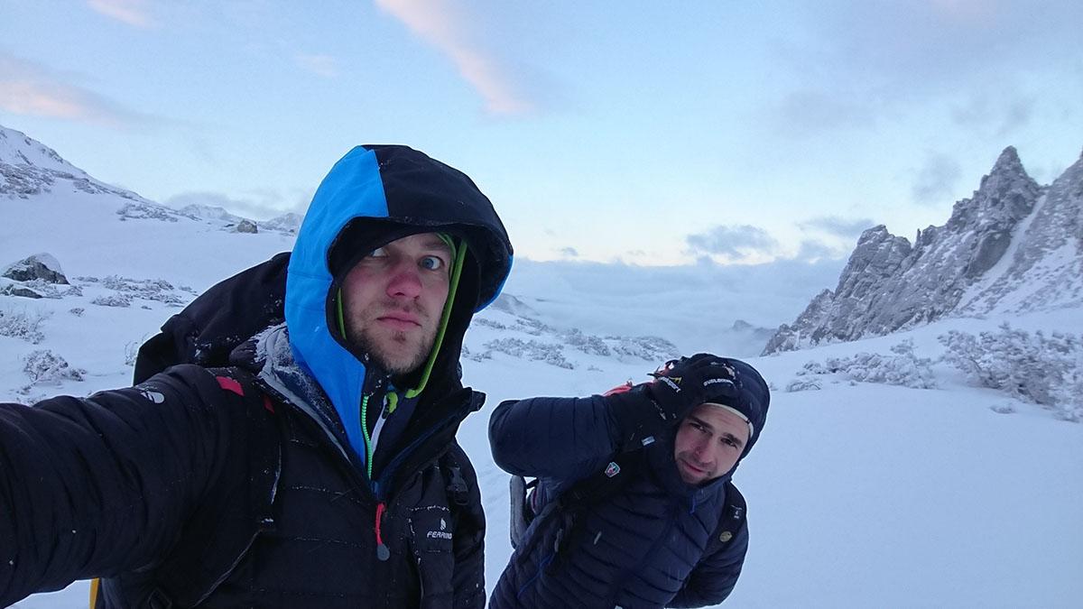 Veľký Mlynárov žľab zimné lezenie vo Vysokých Tatrách zostup z pod steny