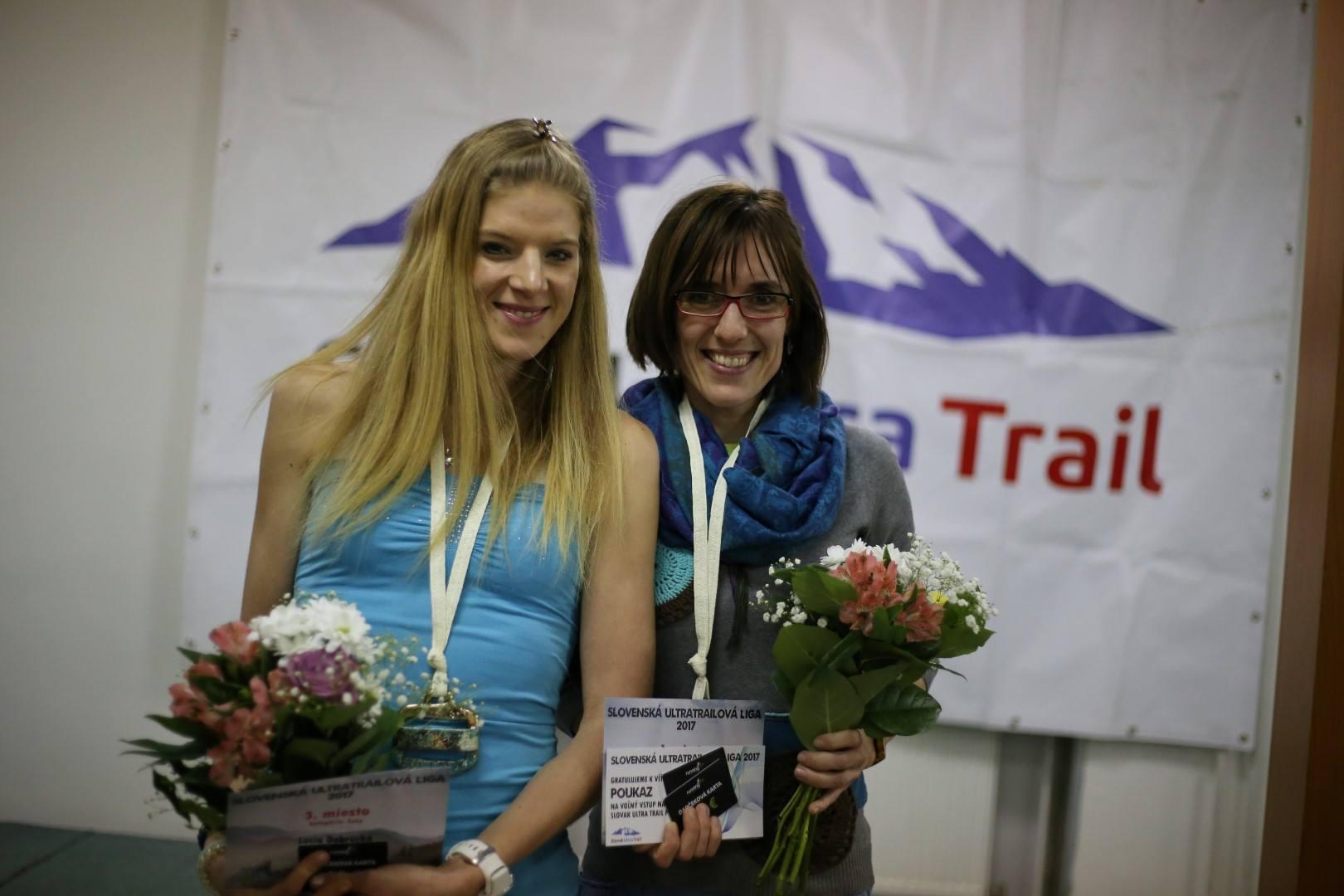 Expresky z hôr 91 - Víťazky (Gabriela Ambrušová a Lucia Dobrucká) Slovenskej Ultratrailovej Ligy 2017, zdroj: FB page Slovak Ultra Trail